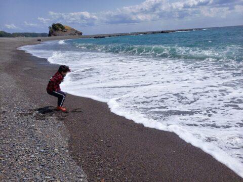 おすすめスポット/太平洋の波と風を楽しもう!/白良浜とはひと味違う「志原海岸」